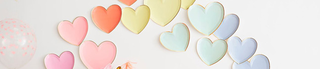 Thème d'anniversaire Coeurs Rainbow pour votre enfant