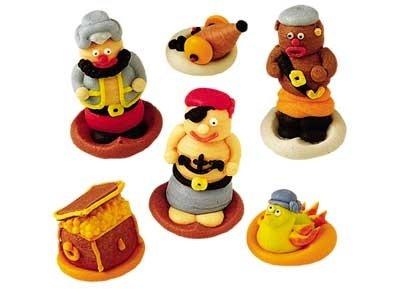 6 figurines pirates 3D
