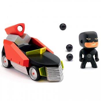 Arty Toys - Hypnotyk & the Super Car