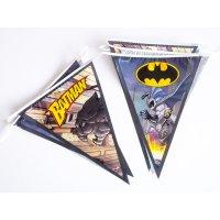 Contient : 1 x Guirlande Fanions Batman Comics (2,70 m)