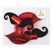 4 Sans-g�nes Moustache et Bisous