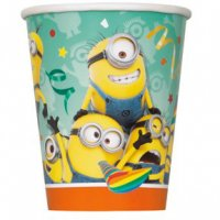 Contient : 1 x 8 Gobelets Minions Party